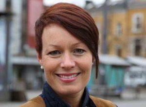 KrF og V gir full støtte til Erna Solberg