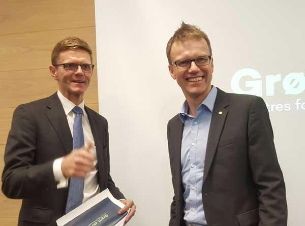 Terje Breivik (V) og Erik Lahnstein. Foto: Åsmund Lang