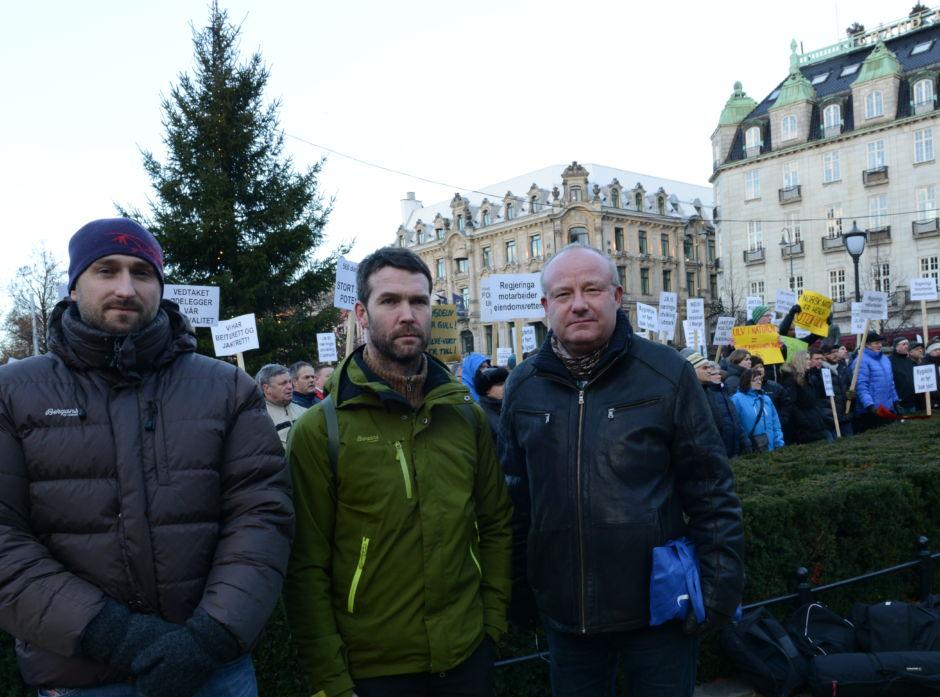 Tollef Lau fra Rendalen og Per Tore Indset fra Elverum er to engasjerte skogeiere fra Glommen Skog som deltok i dagens markering, sammen med Jo Petter Grindstad som er næringspolitisk rådgiver i Glommen Skog.