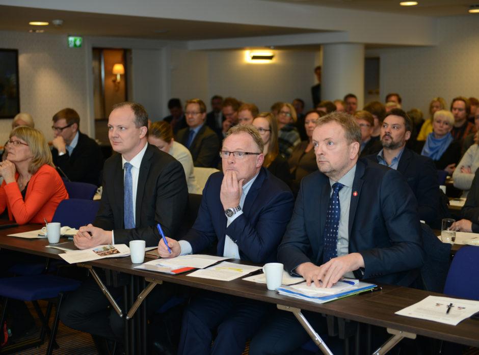 Ketil Solvik-Olsen, Per Sandberg og Terje Halleland under seminaret om Godspakke Innlandet.