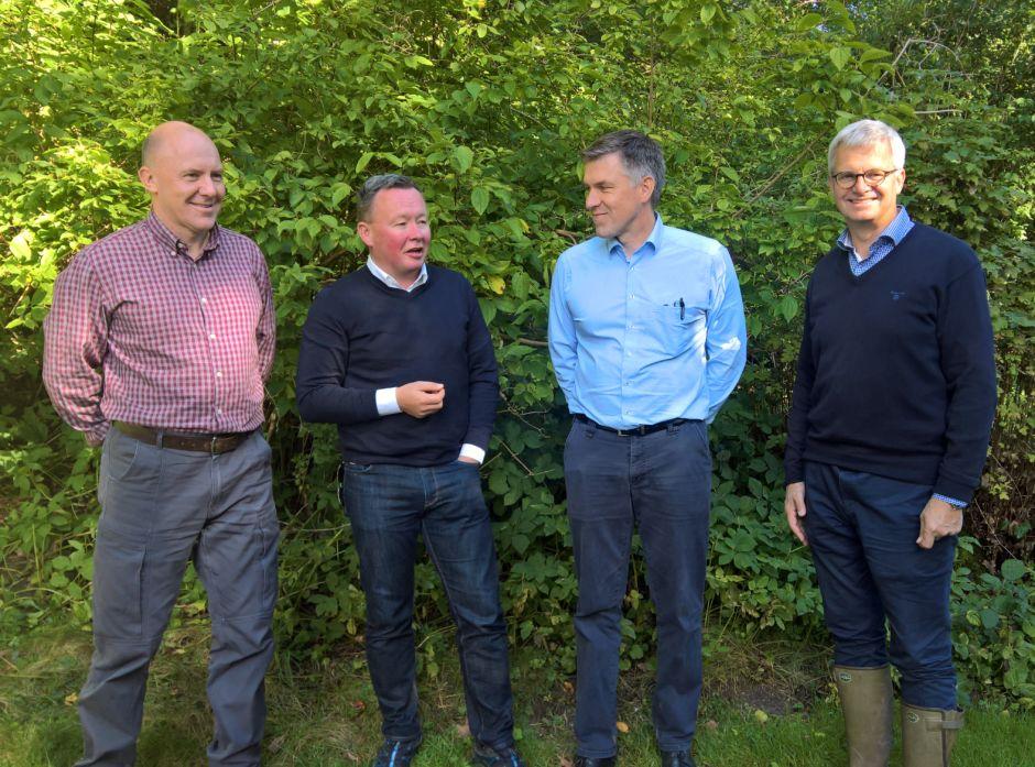 Styrelederne i de nordiske skogeierorganisasjonene. Fra venstre: Sven Erik Hammar, styreleder i LRF Skogsägarna, Olav A. Veum, Norges Skogeierforbund, Juha Martilla, styreleder i MTK Skogsägarna, og Niels Iuel Reventlow, styreleder i Dansk Skovforening.