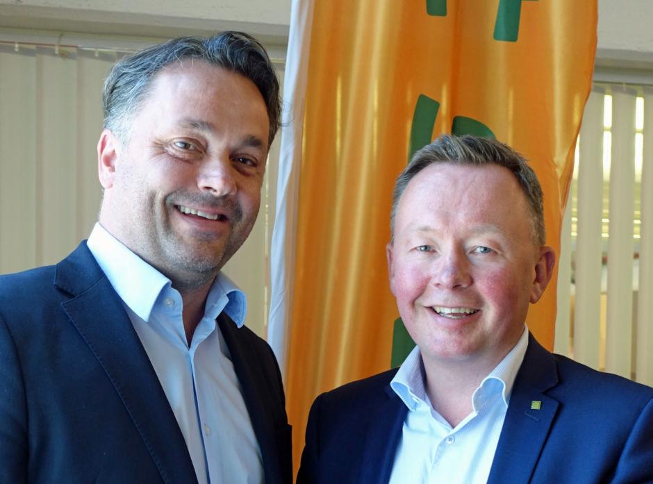 Anders R. Øynes og Olav A. Veum er fornøyd med resultatene for 2017 i AT Skog.