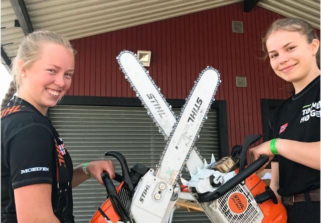 Marte Bøe Marstein (t.v.) og Viil Flaata imponete i Sverige. Begge var med på jentelaget som vant motorsagkonkurransen i EM. I tillegg vant de hver sin indiviuelle motorsagøvelse og ble hhv. nr. 2 og 3 totalt i motorsagkonurransen.