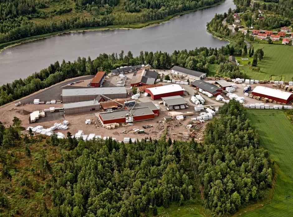AT Skog kjøper alle aksjene i Hasås AS med regnskapsmessig virkning fra 1. januar 2021.